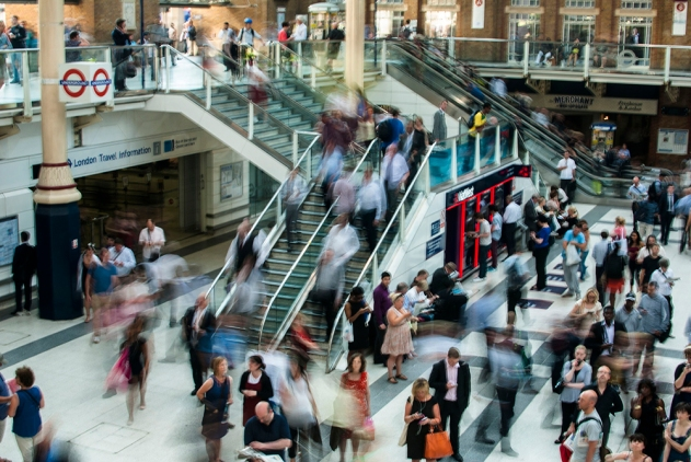 Liverpool Street Station Rush Hour Crowd (1)